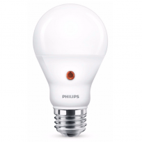 Philips LED 7,5W dag/nat sensor 2700K 806Lm